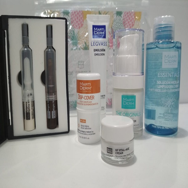 MARTIDERM TRAVEL KIT VERANO 2019